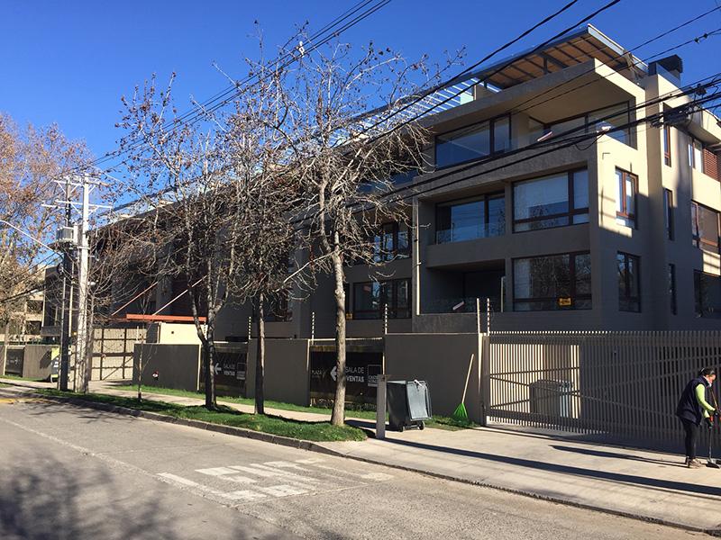 Edificio Plaza El Espino, Lo Barnechea , Santiago